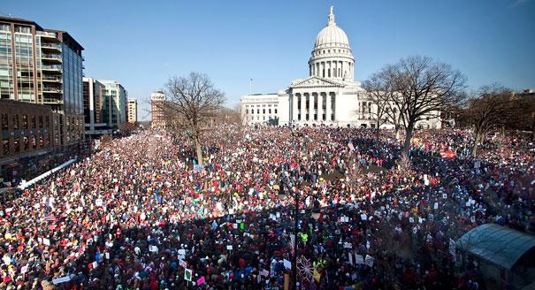 Митинг в Мэдисоне, штат Висконсин, в 2011 году.